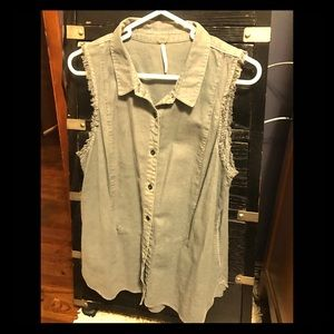 Free People top/vest with pockets
